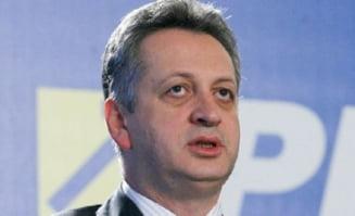 "Zi decisiva pentru Relu Fenechiu - afla sentinta finala in ""Transformatorul"""