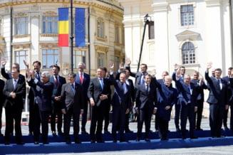 Zi istorica la Sibiu: Impresionati de caldura romanilor, liderii UE le-au promis ca ii sustin si le vor apara drepturile (Foto & Video)