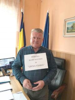 Zig zag prin ziua de ieri: Un primar in greva foamei, cel mai tare manifest anti PSD din Romania!