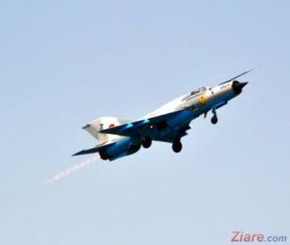 Ziua Fortelor Aeriene: Restrictii de trafic si demonstratie cu avioane militare in Bucuresti