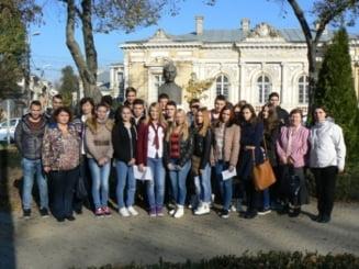 Ziua Internationala a Filosofiei, la Biblioteca Judeteana