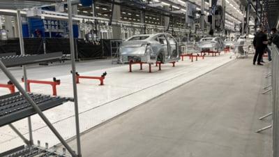 Ziua porților deschise la prima fabrică Tesla din Europa. Elon Musk, prezent la marele eveniment VIDEO