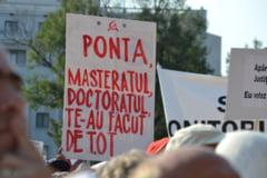 Ziua protestelor: Imbranceli intre simpatizantii si opozantii lui Basescu (Galerie foto)