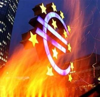 Zona euro, in continua deriva: Va reusi noul summit sa rezolve ceva?