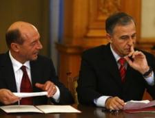 Zvon pe blog: Geoana premier, Udrea vicepremier