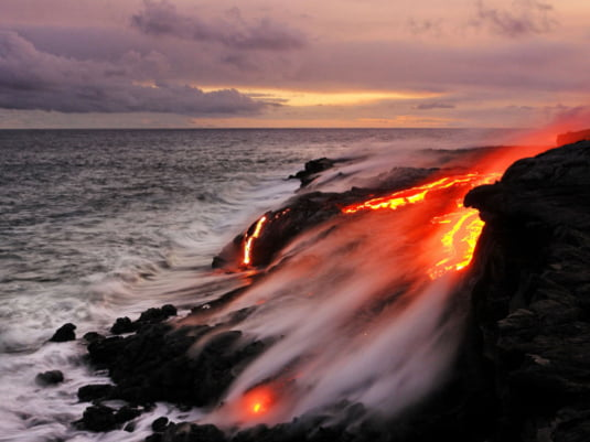 apa de foc Hawaii 4
