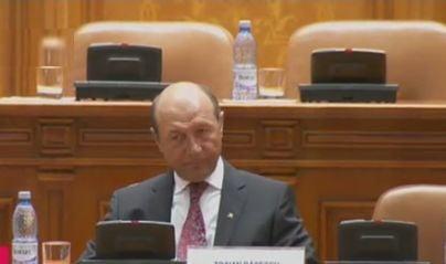 Basescu la suspendare