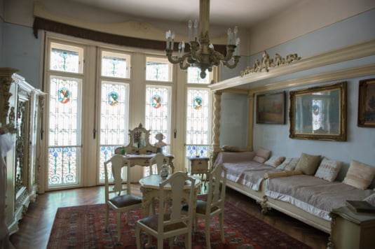Casa Darvas La Roche