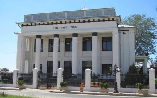Casa lui Dan Finutu, copia Judecatoriei Caracal