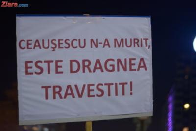 Ceausescu Dragnea pancarta protest