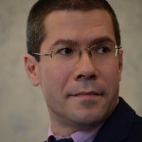 Prof. dr. Dacian Dragoș