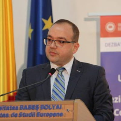 Conf. dr. abilitat Valentin Naumescu