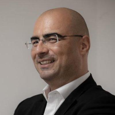 Lector dr. Bogdan Dima