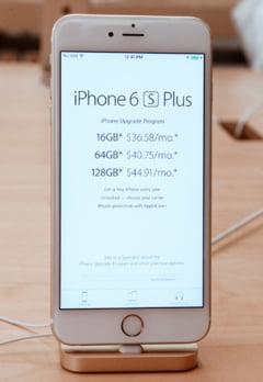 iPhone 6s si 6s Plus au fost lansate in Romania - vezi in ce magazine le poti testa in aceasta noapte
