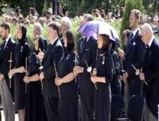 inmormantare regina Ana