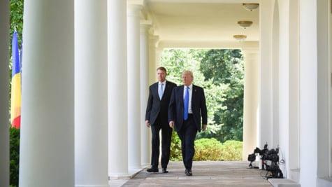 Iohannis Trump culoar Casa alba