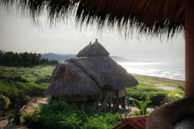 Locuri in care poti fi cazat chiar pe plaja (Galerie foto)