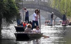 Marea Britanie oameni barca