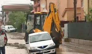 masini ploua Bucuresti