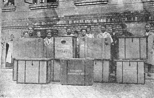 Material sanitar depozitat in Budapesta