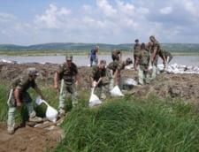 militari inundatii