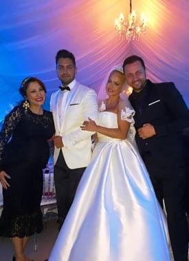 Nunta Andei Adam Cum S Au Imbracat Vedetele Si Ce Le Ureaza Mirilor