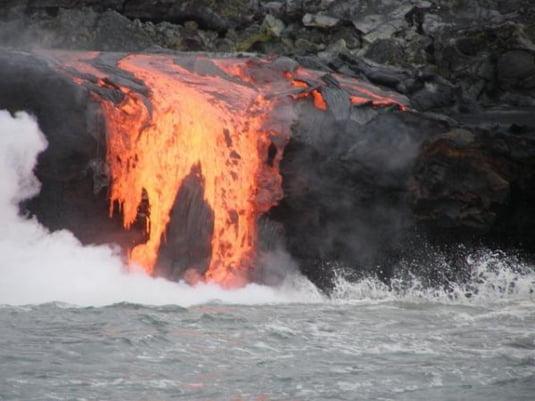 Orase in umbra vulcanilor periculosi (Galerie foto)