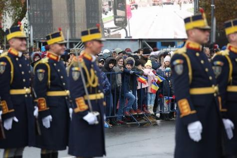Parada militara Arcul de Triumf 3