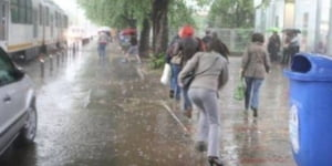 ploaie Bucuresti