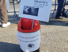 protest Dragnea Valentine