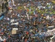 proteste piata constitutiei multime