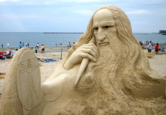 sculptura nisip