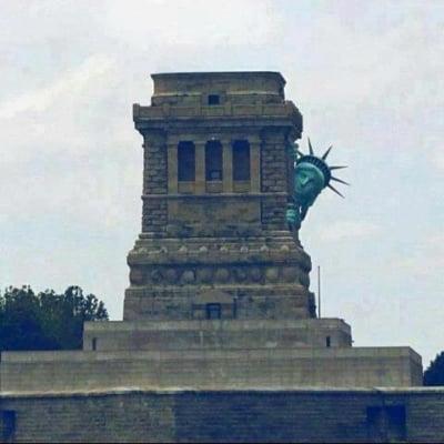 statuia liberatii ironizata sandy