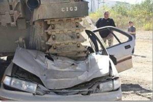 tanc distrus masina Minnesota