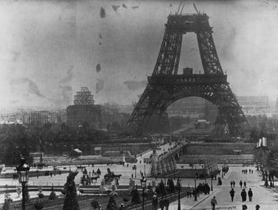 Turnul Eiffel constructie Paris