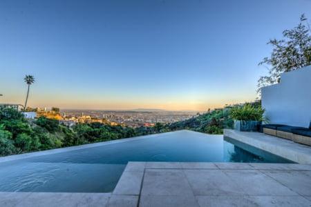 vila Hollywood Hills piscina
