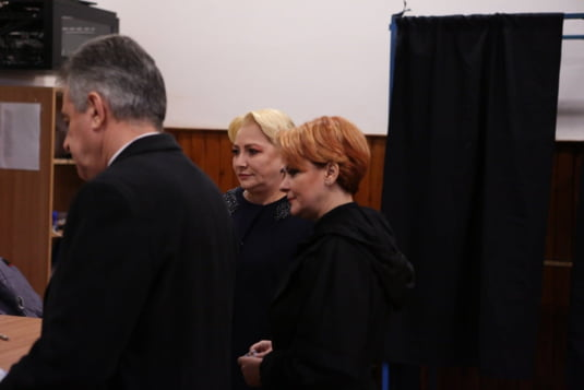 Viorica Dancila, sotul ei si Lia Olguta Vasilescu