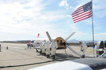 X-37B revenit Terra